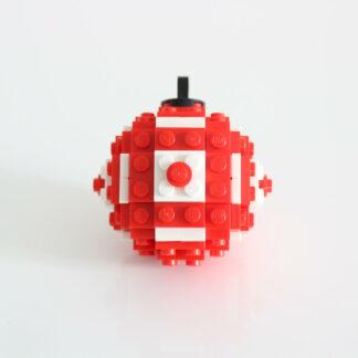 Photo d'une boule de Noel rouge en Lego